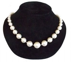 New Vintage 1950's Style  Faux Pearl graduated beads Necklace